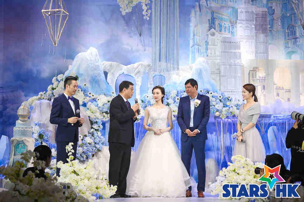徐根宝担任范志毅婚礼的证婚人