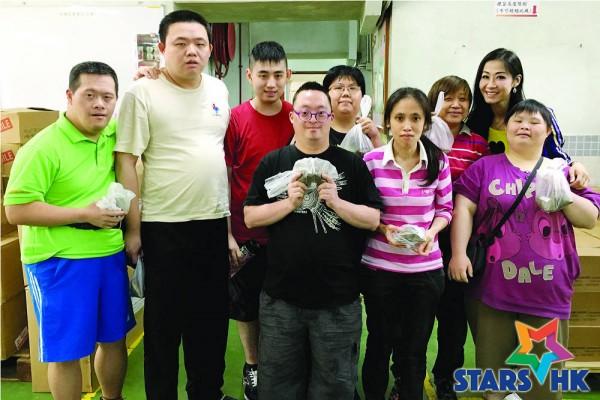 Rice_dumplings_for_Caritas (09)