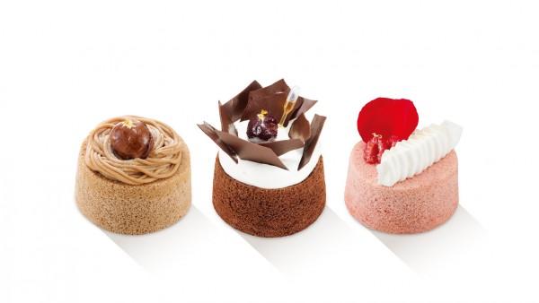每件外表精緻、色彩繽紛的甜點均由駐店蛋糕師精心製作,令途人駐足觀賞!